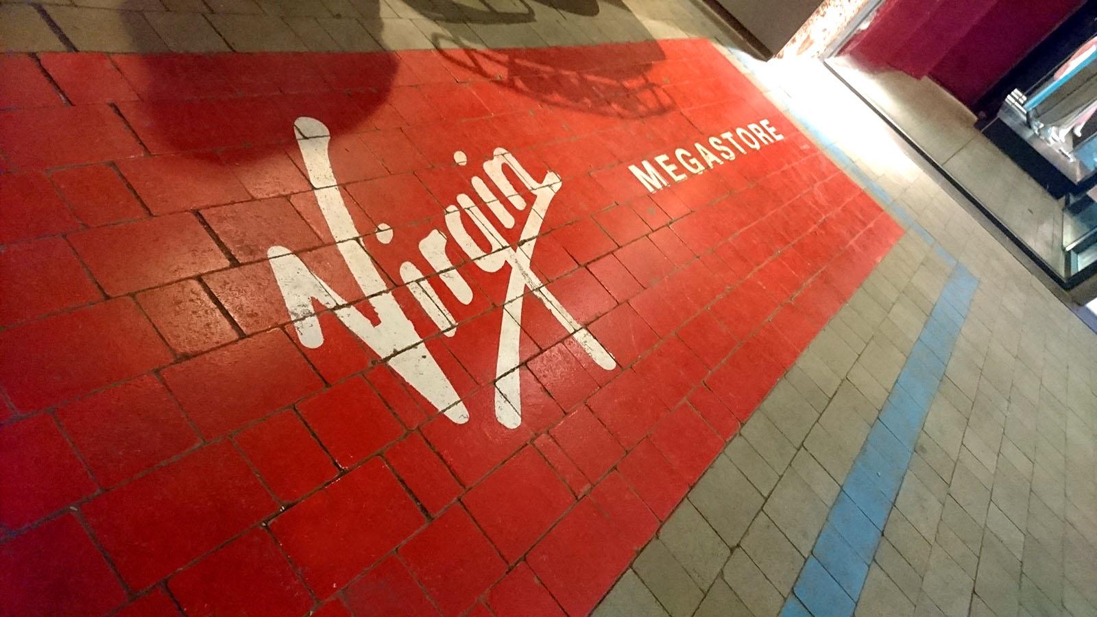 marquage-peinture-au-sol-logo-vire